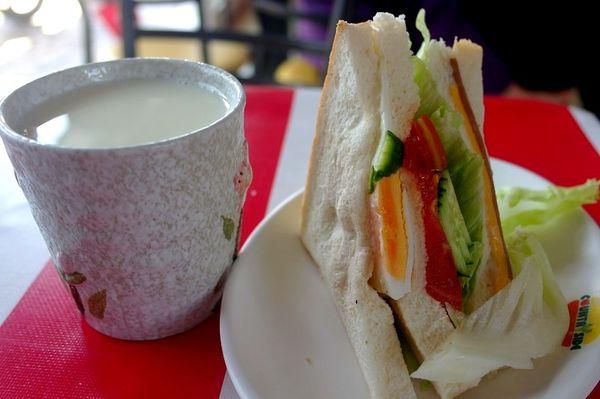 花蓮好吃早餐,花蓮美食,早餐,傳統早餐,好吃三明治,好好吃三明治